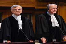 دیوید براور و جمشید ممتاز، قضات ویژه امریکا و ایران در جلسه استماع - لاهه