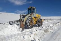 راه های چهار روستای برفگیر میاندوآب بازگشایی شد