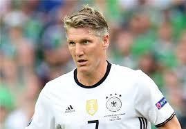 شوایناشتایگر از دنیای فوتبال خداحافظی کرد