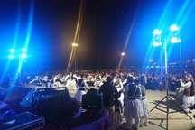 جشنواره موسیقی مرزنشیان خلیج فارس برگزار شد