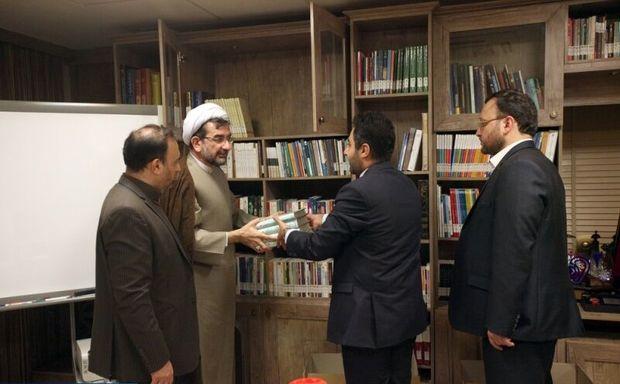 پویش اهدای کتاب مدیران در پایتخت راهاندازی شد