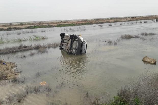 واژگونی پراید در جاده آبادان - ماهشهر پنج مصدوم برجا گذاشت