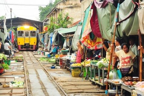عجیبترین بازارچه محلی دنیا+ تصاویر