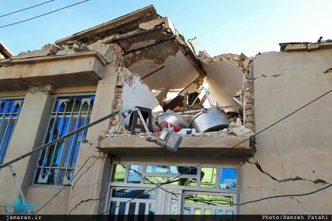 تعداد مصدومان زلزله کرمانشاه به 7817 نفر رسید
