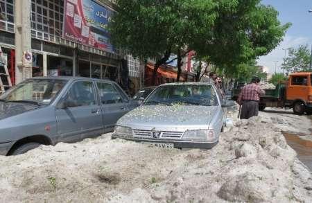 بارش اخیر تگرگ در سنندج در نیم قرن اخیر بی سابقه بوده است