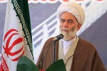 امام جمعه همدان: خط کشی بین اصولگرا و اصلاح طلب معنی ندارد