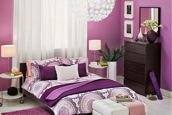 رنگ آمیزی اتاق خواب به رنگ ارغوانی