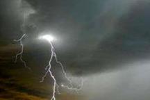 باران و رعد و برق قزوین را فرا گرفت