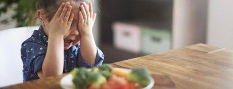 وقتی کودکتان غذا نمیخورد چه باید بکنید؟