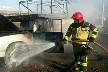مهار حریق خودروی نیسان وانت در قزوین