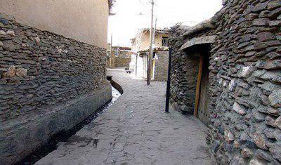 طعم خدمت در روستای پنج هزار ساله عنبران علیای شهرستان نمین
