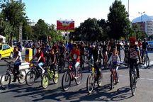 همایش دوچرخه سواری در آبیک برگزار شد