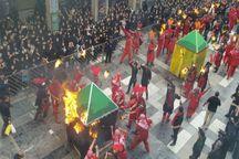 برگزاری آیین مذهبی آتش زدن خیام حسینی در آستانهاشرفیه