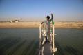 برداشت ماهی پرورشی از استخرهای خاکی در تنگستان بوشهر