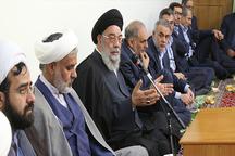 امام جمعه اصفهان: امامزادگان به مکان های فرهنگی و تفریحی برای جامعه تبدیل شوند