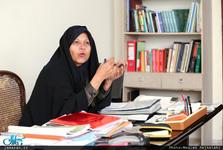 فائزه هاشمی: برای آموزش و پرورش وزیر زن انتخاب کنید