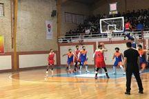 تیم بسکتبال آویژه صنعت تیم آذر شهر را شکست داد