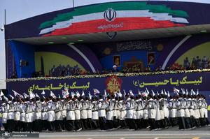 مراسم رژه نیروهای مسلح در جوار حرم مطهر امام خمینی(س)