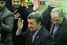 احمدی نژاد: نگران انقلاب و آینده کشور نیستم /  دو موضوع دل انسان را می رنجاند