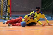 نابینایان قم سالن ورزشی اختصاصی ندارند
