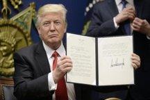 ترامپ صدور فرمان جدید مهاجرتی خود را به تعویق انداخت