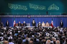 رهبر معظم انقلاب: متاسفانه امروز در منطقه ما، صفآراییها بین مسلمانهاست/ این را دنیای اسلام باید علاج کند