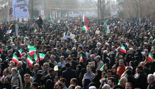 خروش انقلابی مردم البرز در حمایت از سپاه اسلام