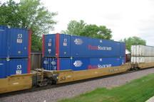 امکان ترانزیت کالا در بندر خرمشهر از طریق قطار فراهم شد