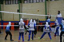 قدکشیدن والیبال بانوان درسایه راهبرد مناسب و استعدادیابی
