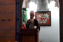 امام جمعه سنندج: مسلمانان در برابر دشمن متحد باشند