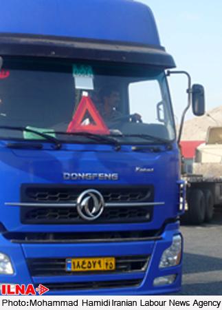 برخورد جدی پلیس با تردد خودروهای سنگین در سطح شهر کرمانشاه