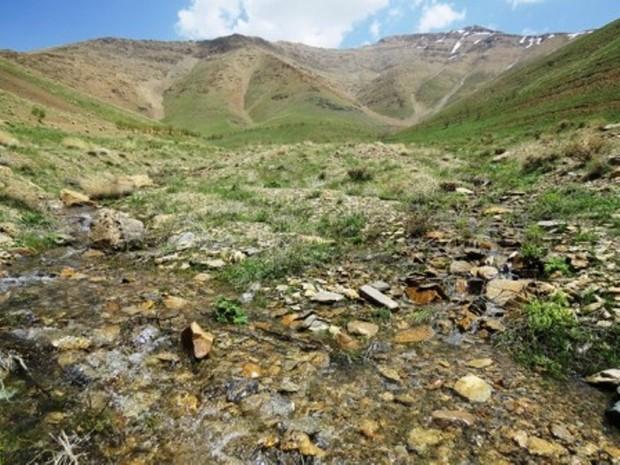 کاربری ١٣٨هکتار از زمین های ملی بستک شناسایی شد