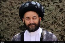 آیتالله هاشمی رفسنجانی اعتقاد داشت که همه باید حول محور رهبری جمع شوند