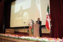 مدیرکل آموزش و پرورش فارس: کم انگیزگی معلم آفت جامعه است