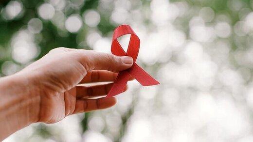 با وجود تحریم و گرانی مشکلی برای تأمین داروی ایدز نداریم
