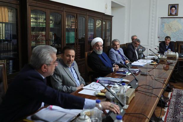 رئیس جمهور هفته آینده به یزد و کرمان سفر می کند