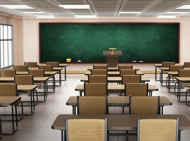 سردی کلاس دانش آموزان راز و جرگلان را فراری داد