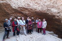 گردشگران هلندی از جاذبه های تاریخی گناباد بازدید کردند