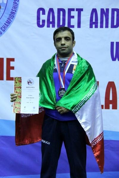 ایران بر سکوی سوم جهان ایستاد  مدال نقره بر گردن کشتیگیر آذربایجان شرقی