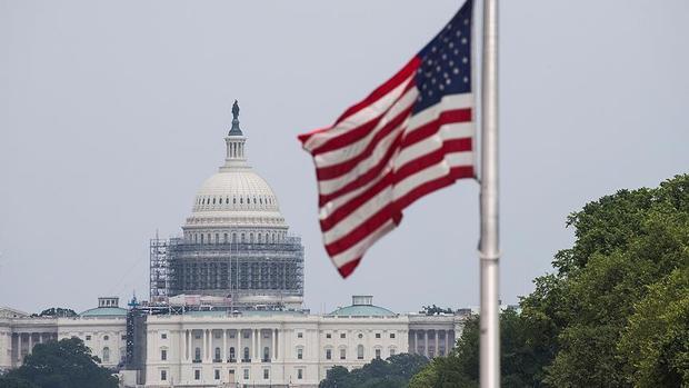 اعطای شهروندی به مهاجران قانونی در آمریکا سخت تر می شود