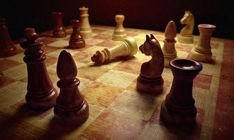 صدرنشینی امید نوروزی و مبینا علی نسب در رقابت های شطرنج غرب آسیا