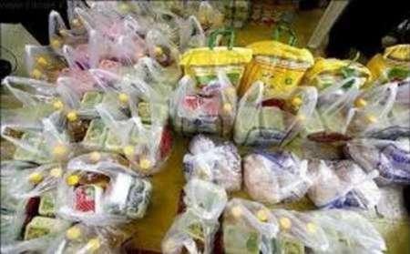 1214 سبد غذایی بین مددجویان شهرستان نطنز توزیع شد