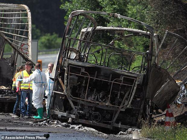 آتش سوزی اتوبوس گردشگران آلمان