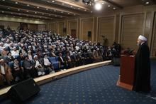 دکتر روحانی: امام خمینی قبل از انقلاب هم ولایت داشت، اما اقامه حکومت با حضور و خواست مردم محقق شد