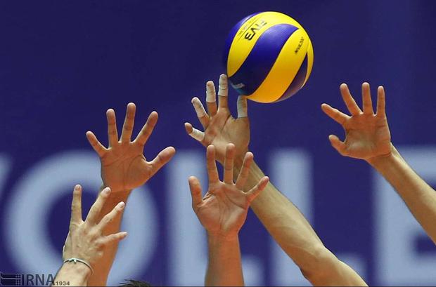 دوره داوری والیبال بانوان کشور در همدان برگزار شد