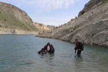 جسد تبعه افغان غرق شده در دشتی بوشهر از آب خارج شد