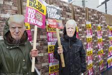 تظاهرات ترامپ ها علیه ترامپ+ تصاویر