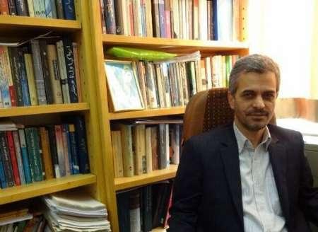 استاد دانشگاه فردوسی: سیاه نمایی در انتخابات خیانت به جمهوری اسلامی است