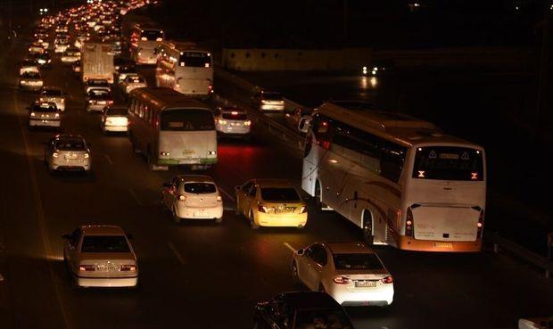 ترافیک جادههای اصلی سمنان سنگین و نیمهسنگین است