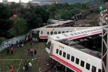 قطار مرگ+ تصاویر